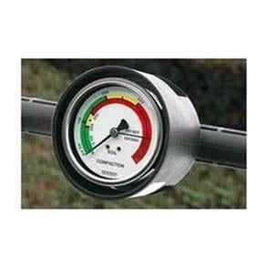 Detalhe do manômetro hidráulico
